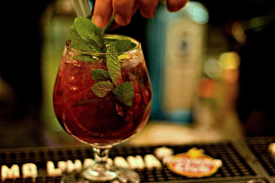 Naples International Happy Hour
